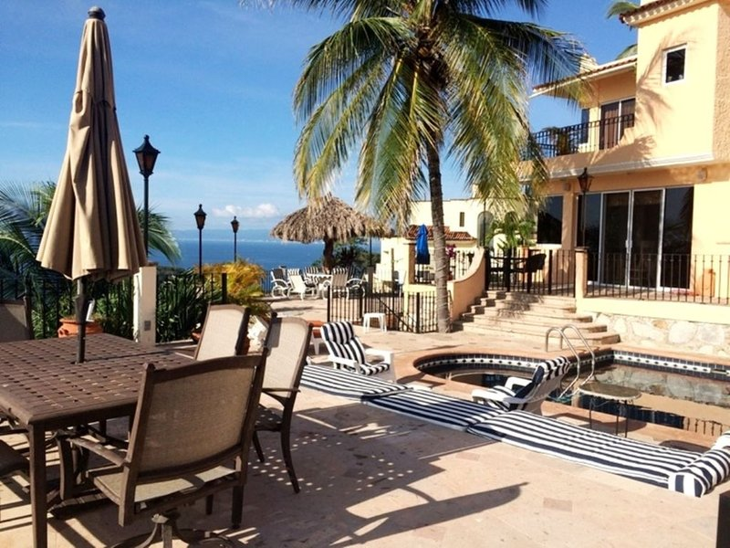 360 DEGREE OF MAJESTIC OCEAN ,BEACH AND MOUNTAIN VIEW, holiday rental in Cabo Corrientes
