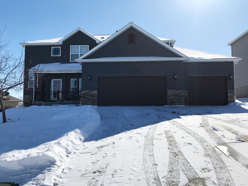 Beautiful and Spacious Home Away From Home, vacation rental in Ralston