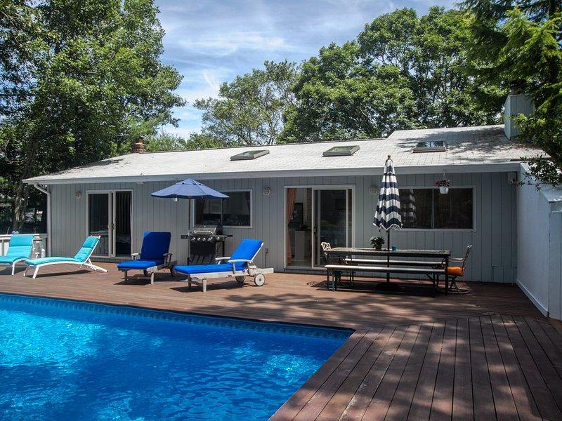 Sunny East Hampton Contemporary House/Clearwater Beach, aluguéis de temporada em Springs