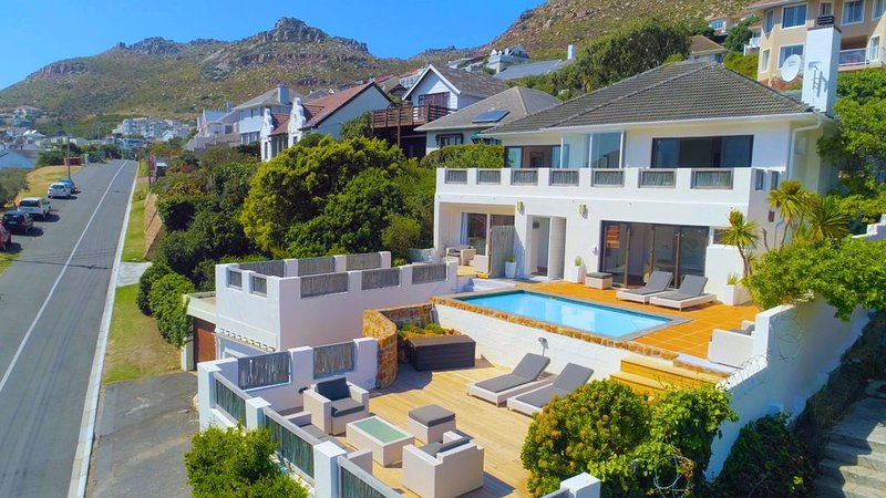 Cape Town Villa with fantastic False Bay views, holiday rental in Fish Hoek