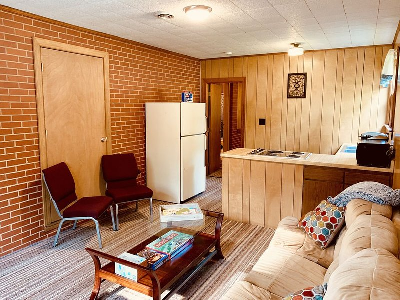 Cozy 1 bedroom 1 bathroom house  - Business or Weekend Hideaway, holiday rental in Kernersville