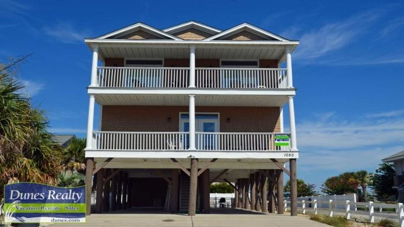 Best Home on the Beach!!, location de vacances à Garden City Beach