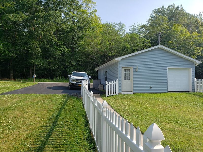 Johnson Creek Cottage - Beautiful, Peaceful, Relaxing, holiday rental in Kent