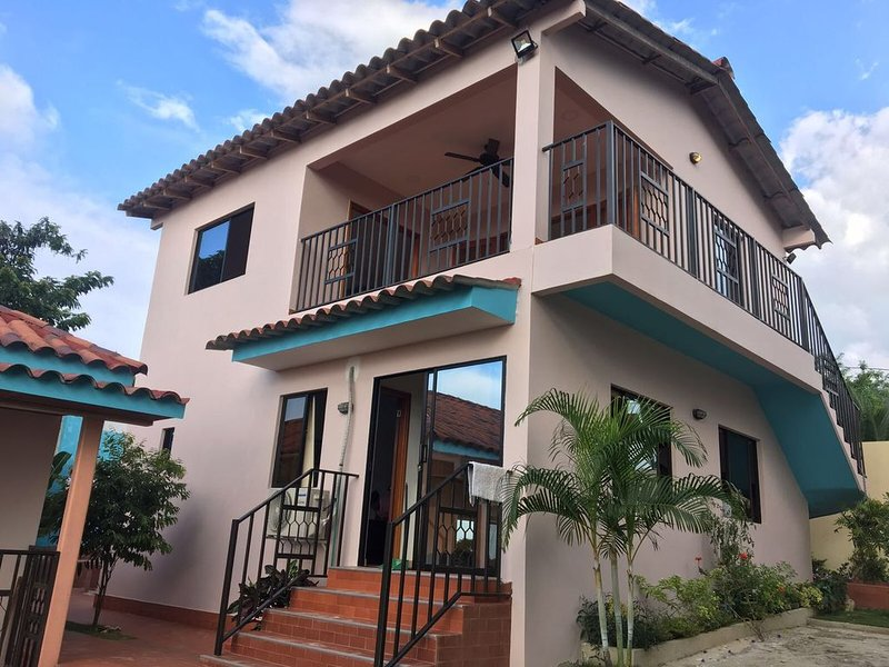 Casa Mia at Villa Camino Alto and Extended Stay Rental outside Cartagena, holiday rental in Turbaco