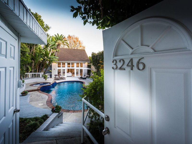 Secluded Property Surrounded By Nature, vacation rental in Culver City