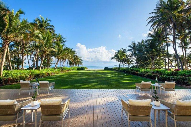 Luxury 4 Bedroom Penthouse at St. Regis Bahia Beach Resort, holiday rental in Canovanas