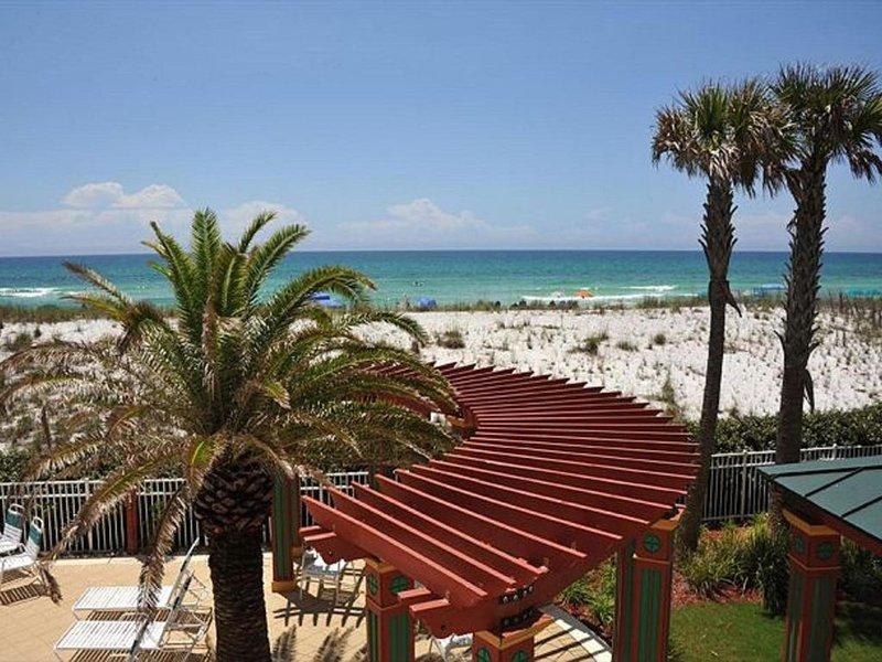 Miami Pearl - Great for Kids & Grandparents - Beach Service - Elevator Optional, alquiler de vacaciones en Navarre