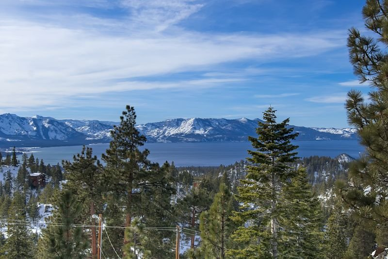 Deluxe Tahoe Home with Exquisite Furnishings and Lake Views (UK18A), holiday rental in Genoa