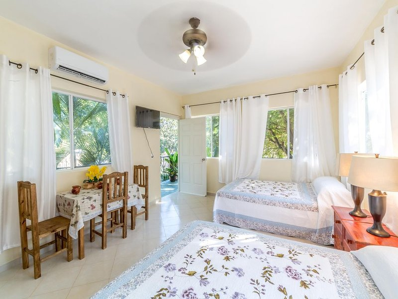 Best Villa Gateway To Holbox Island, holiday rental in Chiquila