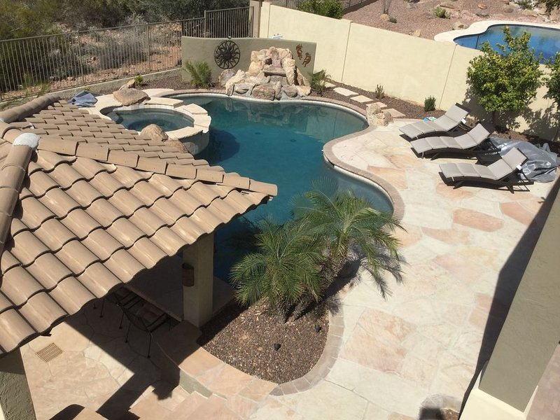 Beautiful Mountain View Home with Private Resort Style Backyard, vacation rental in Gold Canyon
