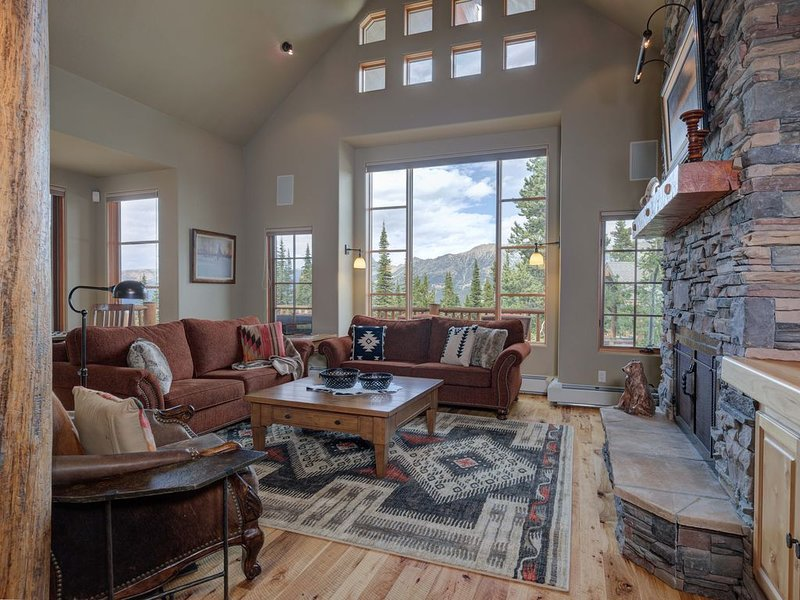 Moonlight Mountain Home 4 Mountain Home. Flexible Cancellations, holiday rental in McAllister
