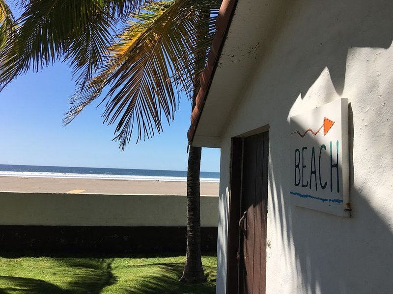 BEACH HOUSE SOFIA - COSTA AZUL - EL SALVADOR - CENTRAL AMERICA, holiday rental in Ahuachapan Department