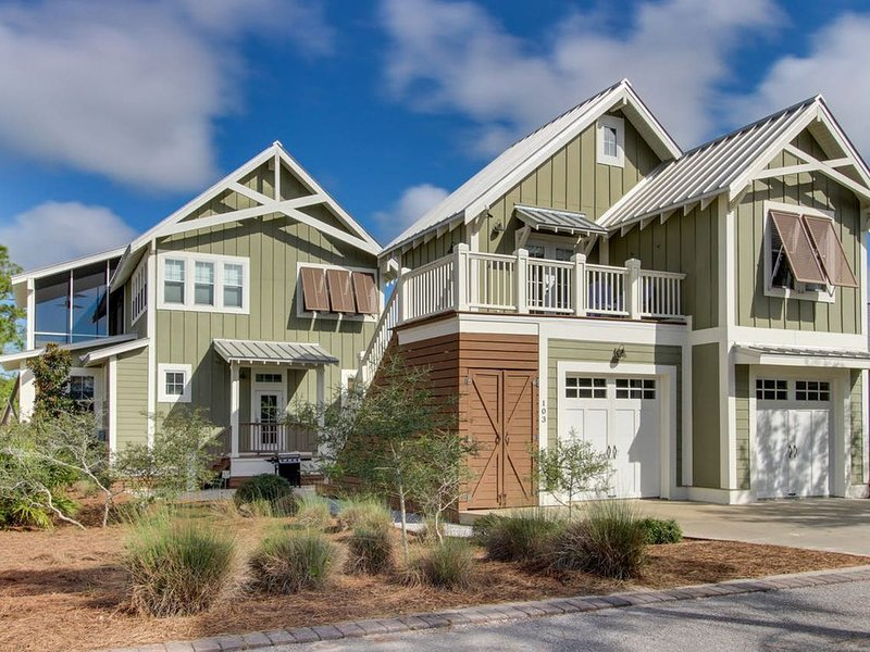 Spacious coastal getaway in prominent new development, holiday rental in Port Saint Joe