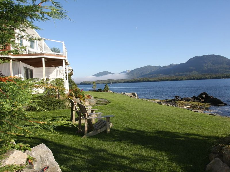 Anchor Inn by the Sea in Ketchikan Alaska, a beautiful setting on the waterfront, vacation rental in Ketchikan