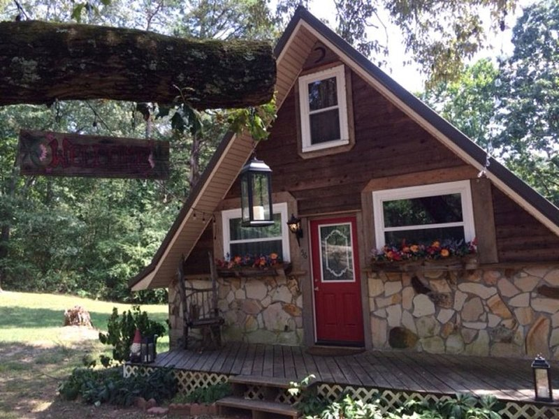 Fairytale Cottage in Chickamauga, GA, vakantiewoning in Chickamauga