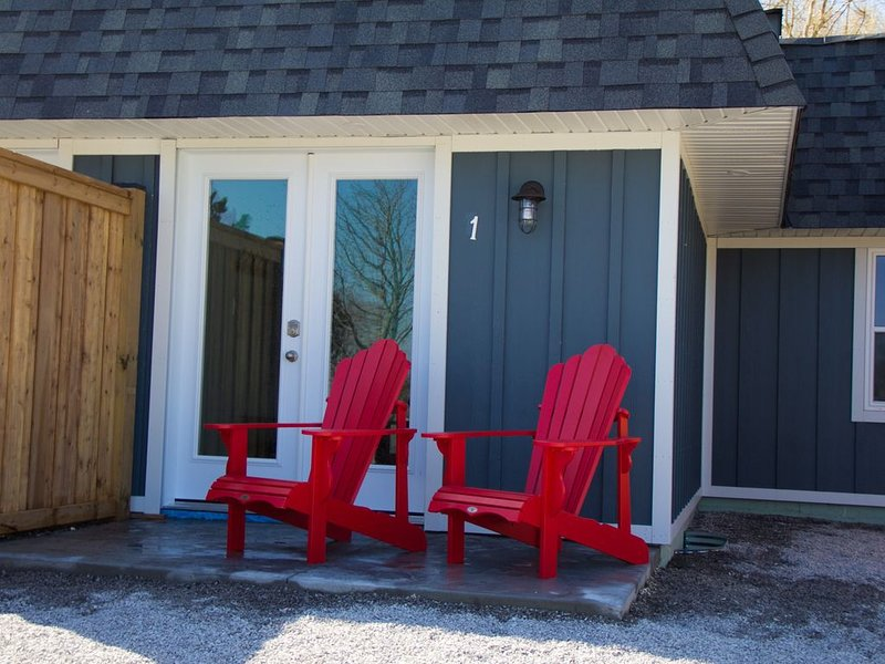 My Lighthouse Cottages #1, vacation rental in Haldimand