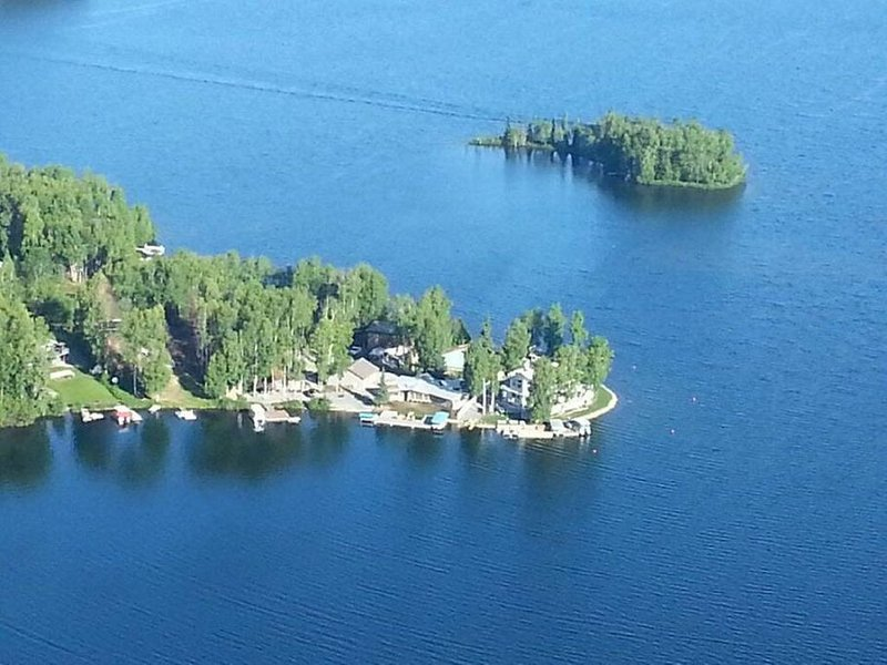 Paradise on the Point at Big Lake, vacation rental in Wasilla