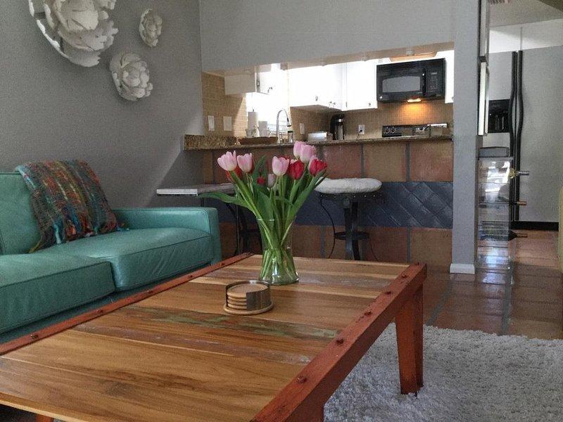 Beautiful Naples Guest House  3 Bedroom, 2 Full Baths | Sleeps 4-6 |, location de vacances à Naples Park