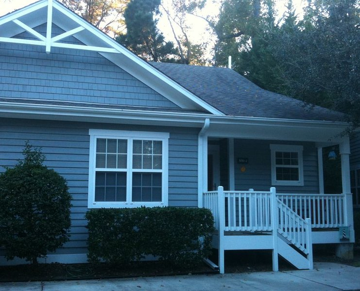 Perfect Location to enjoy everything... beach, downtown, UNCW and more!, vacation rental in Wilmington