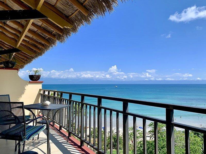 Vacation Paradise in Punta de Mita at La Mision de Mita with a Heated Pool, vacation rental in Punta de Mita