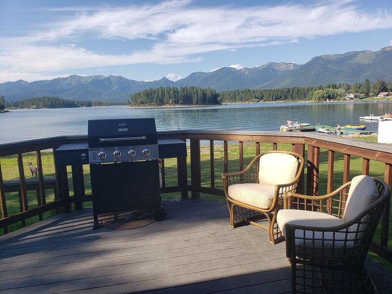 Lakefront Property on Echo Lake near Bigfork!!, location de vacances à Bigfork