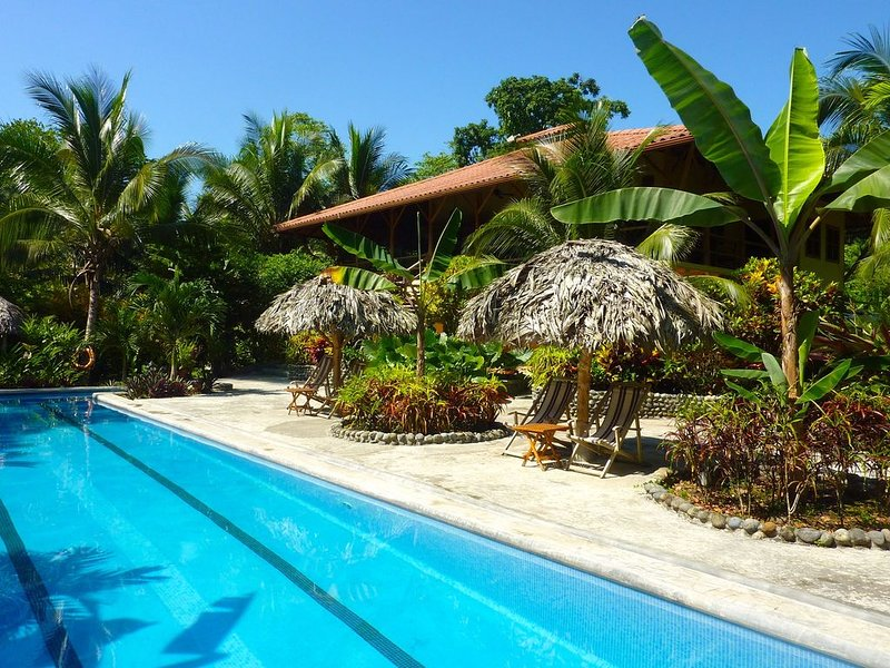The Beach House at Bluff Beach Retreat in Bocas, aluguéis de temporada em Bluff Beach