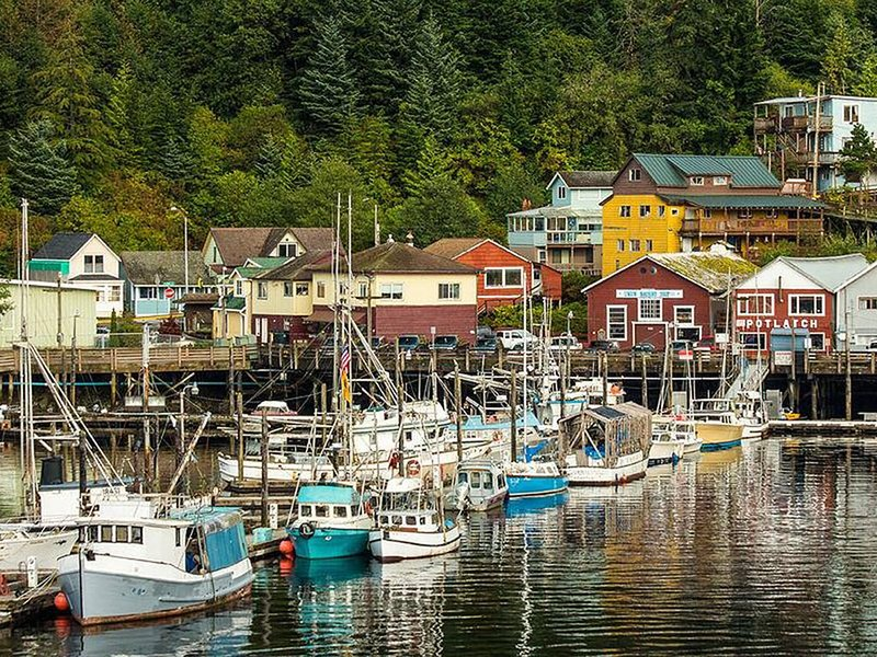 Located in the heart of downtown near the docks at Thomas Basin., vacation rental in Ketchikan