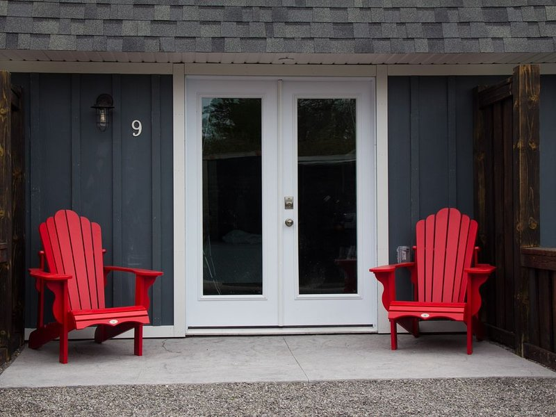 My Lighthouse Cottages #9, vacation rental in Haldimand