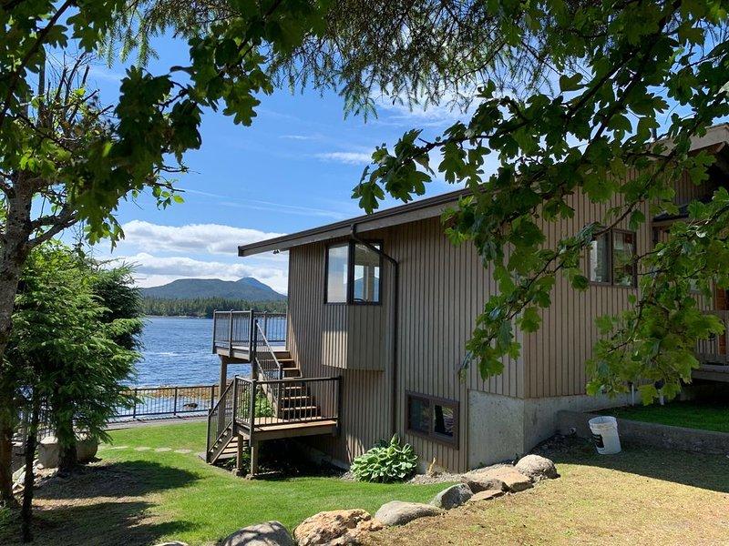 Outstanding Water Views, aluguéis de temporada em Ward Cove