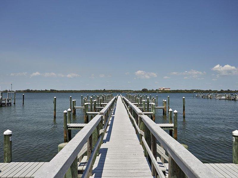 Beautiful Siesta Key Condo, vacation rental in Gulf Gate Estates