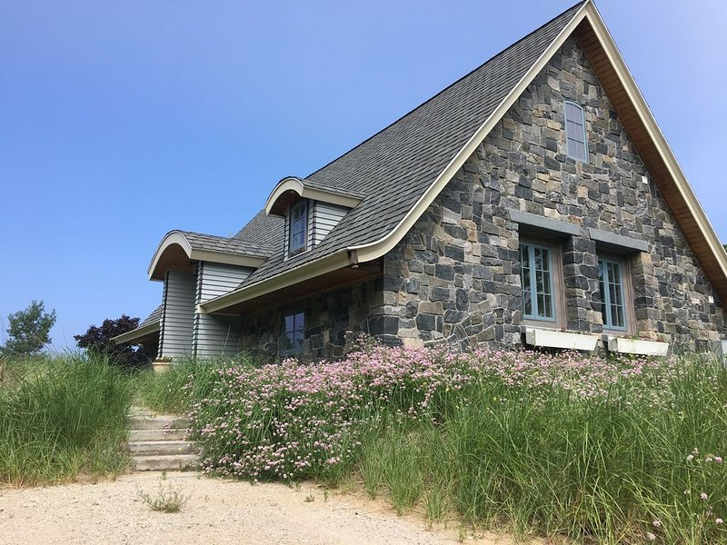 The Carriage House on Lake Michigan, holiday rental in Grand Haven