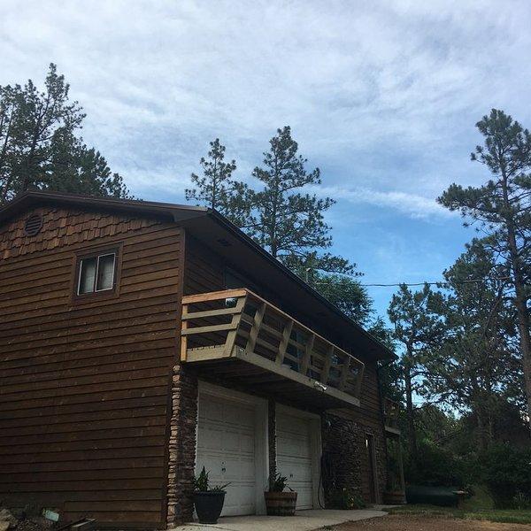Rustic Style Tree House Lodge, aluguéis de temporada em Silver City