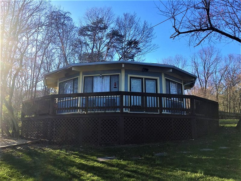 Around the Bend Cabin- Pets Stay Free- Close to Shen River/Outfitters, alquiler de vacaciones en Luray