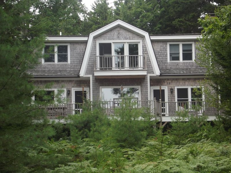 Tide, Time and Lobsters in Blue Hill, Maine, holiday rental in Blue Hill