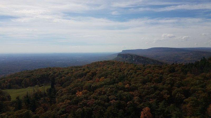 Grande caminhada e folhagem de outono