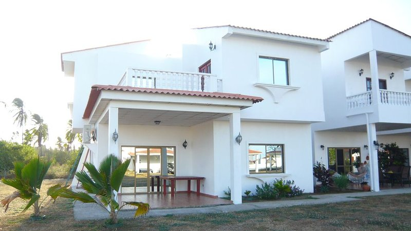 Beautiful Duplex Seafront With 3 Bedrooms In Huge Residence With Pool., alquiler vacacional en Chitre