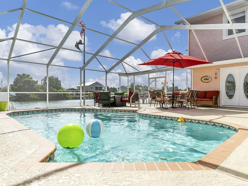 The Sanctuary:   Swimming, Fishing, Kayaking and More, holiday rental in Hernando Beach