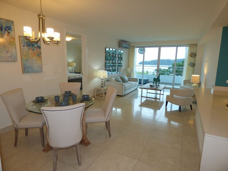 1-Bedroom Apartment in Gorgeous Casa Bonita Resort *SPECIAL RENTAL DEAL*, location de vacances à Province de Panama