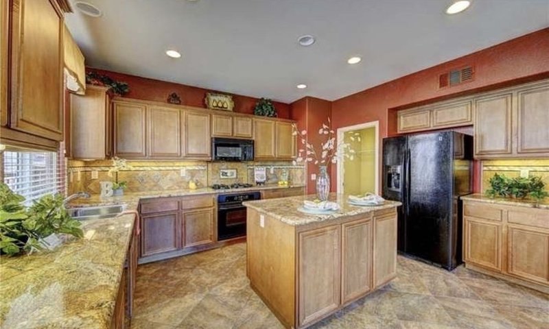 Beautiful Golf Course view home in Menifee Greens!, location de vacances à Canyon Lake