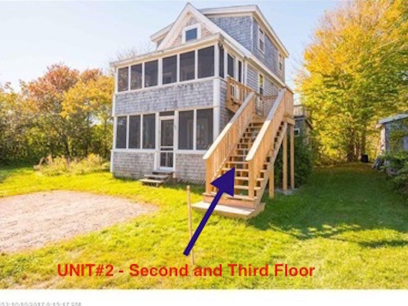 Multi-family Beach Cottage #2. Just STEPS  to Long Sands Beach, vacation rental in York Beach