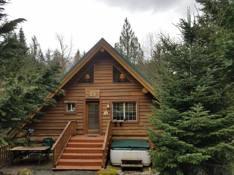 St. Helens on the Cowlitz River, holiday rental in Randle