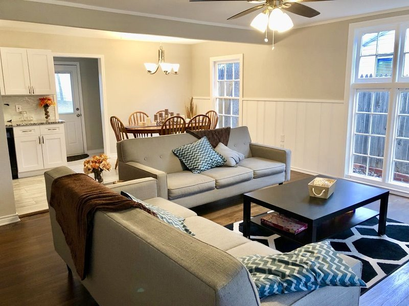 Stay in the middle of it all and walk to everything, vacation rental in Fort Worth