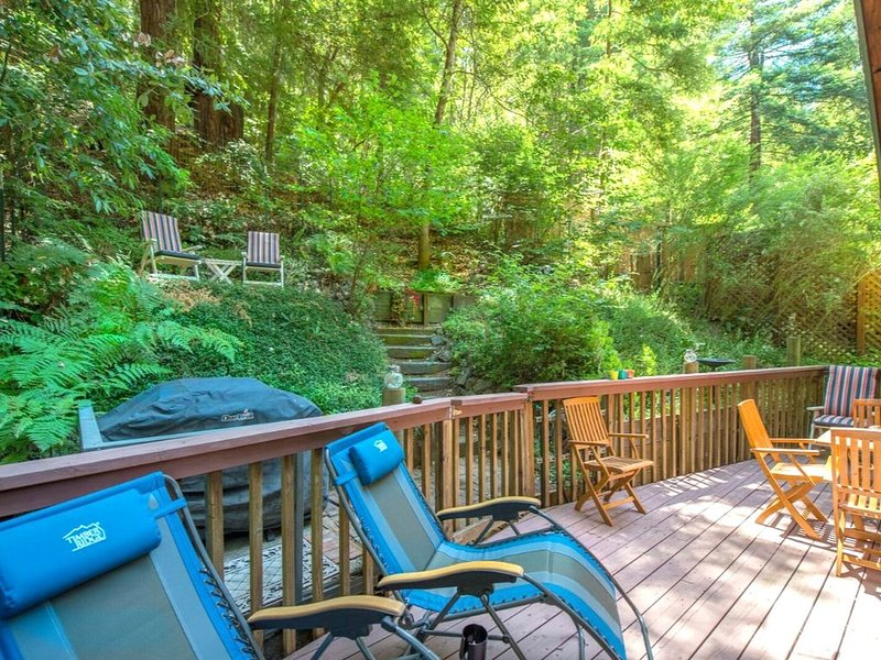 Absolute Zen Lovely Home in the Redwoods!, location de vacances à Guerneville