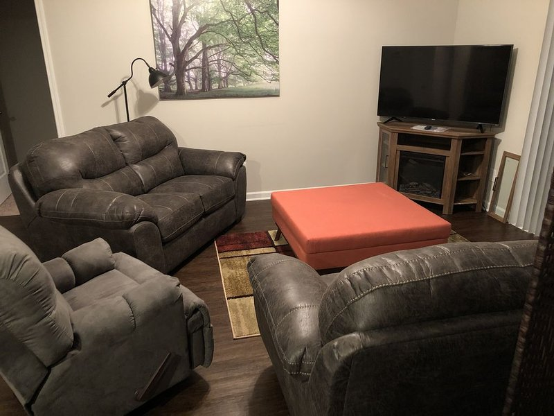 Energy Efficient 3 bedroom home ., vacation rental in Graniteville