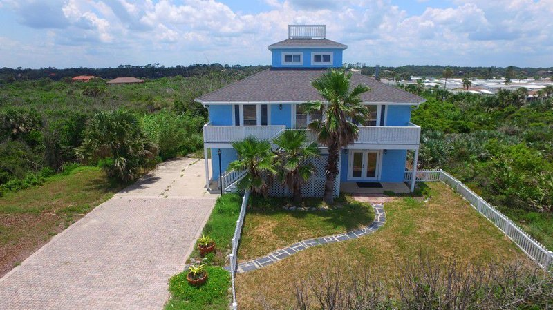 Sea Forever, 4 Bedrooms, Loft, Ocean Views, Sleeps 16, alquiler de vacaciones en Flagler Beach