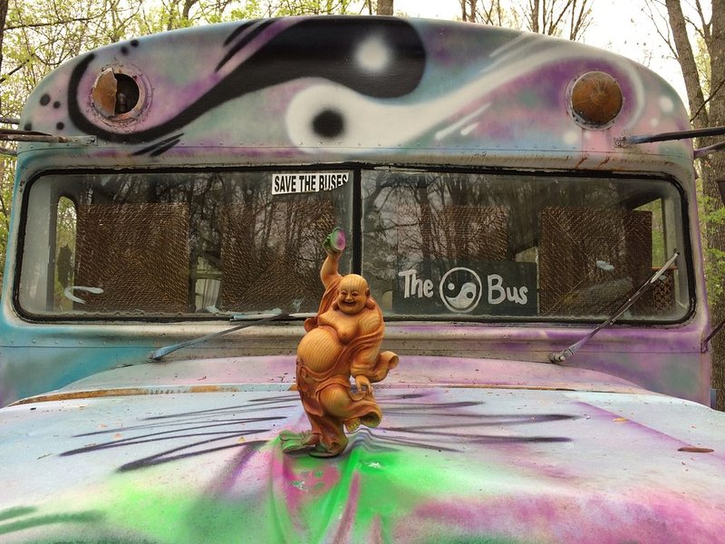 Buddha Bus on The Farm 1962 Thomas Chevy Bus converted into a beautiful space, casa vacanza a Lawrenceburg