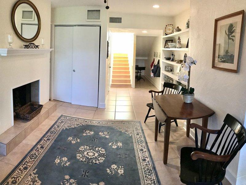 Sawgrass Condo/ Deer Run Dr, 3 bedroom 3 bath! New Gourmet kitchen!!, alquiler vacacional en Ponte Vedra Beach