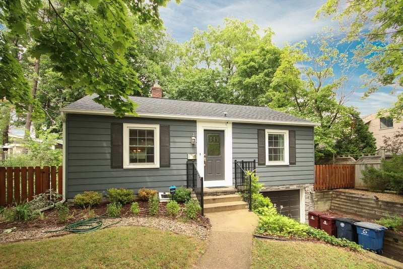 Graduation Home in the heart of beautiful Ann Arbor, holiday rental in Lakeland