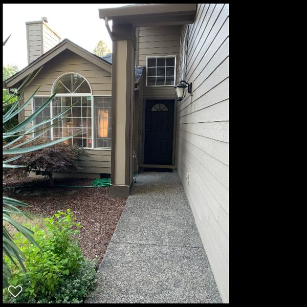 Beaverton OR, Four Season Area!!! Cozy, 3 bedrooms, near everything!!!, holiday rental in Beaverton