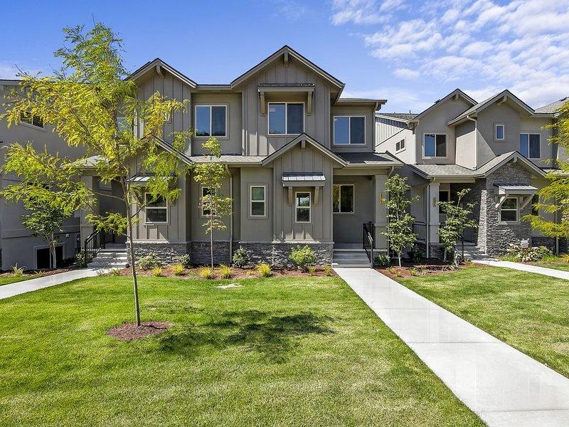 Beautiful Brand New Townhouse Near Downtown, location de vacances à Boise